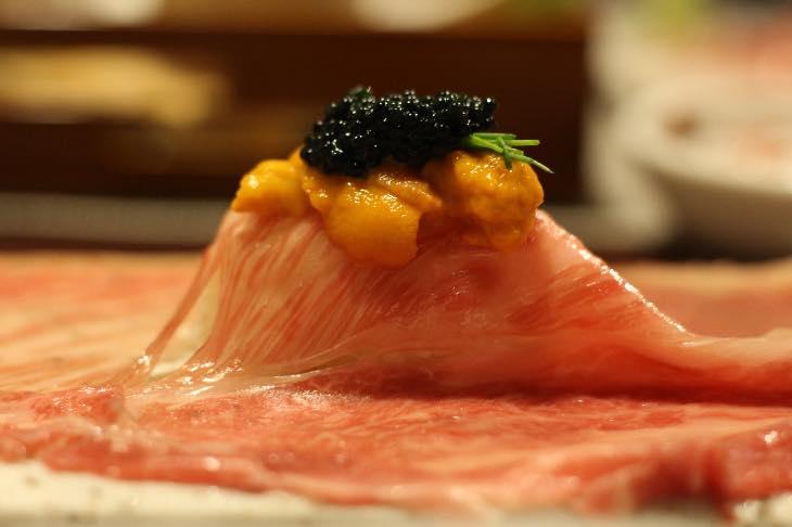【横浜】最高級A5ランクの和牛すき焼きが食べられるお店