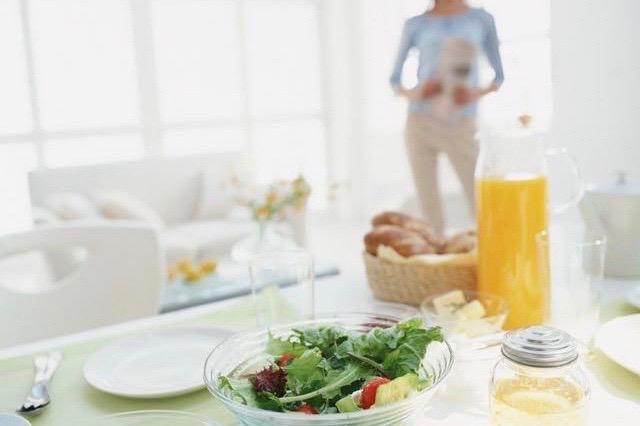 CMで話題!腸活しながらコラーゲンも摂取できる優れもの『ダノンビオ コラーゲンプラス』